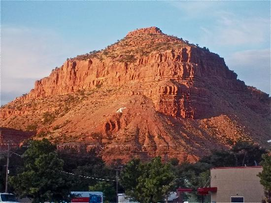 Redrock Country Inn: View from the pool
