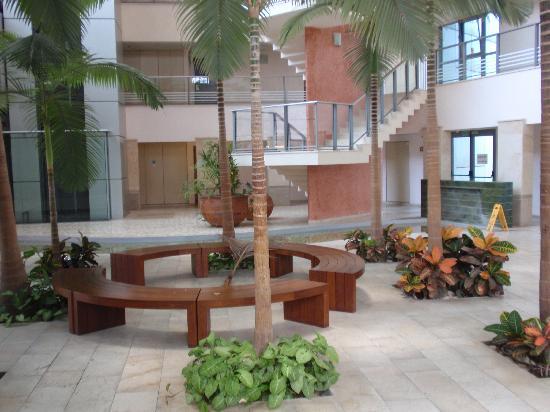 Okeanos Bamarina Exclusive Suites Hotel: lobby
