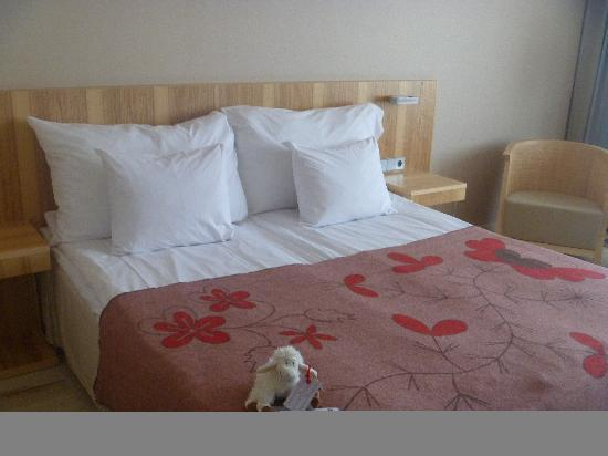 Hotel Euroopa: bed and room = very comfortable and cosy