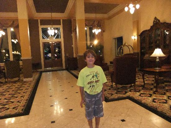 Peery Hotel: Lobby