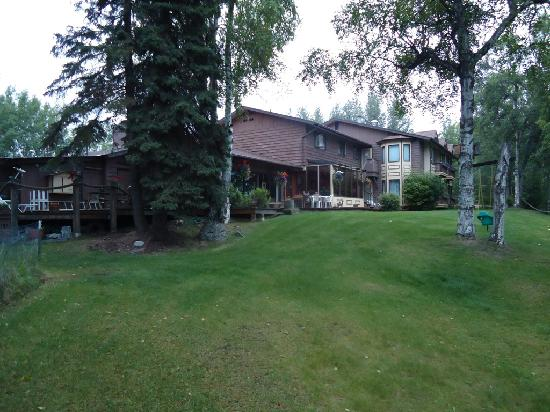 Alaska Fishing Lodge - Soldotna Bed and Breakfast Lodge : Back