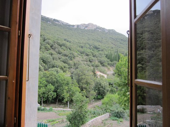 Hostellerie du Vieux Moulin: View from the window of chambre 6