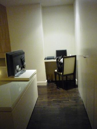 Hotel St Paul: Desk/Workshelf