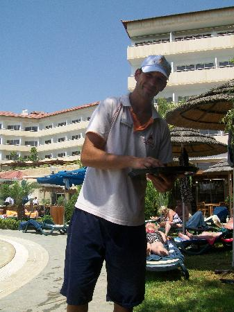 Atlantica Bay Hotel : Tibe doing a great job