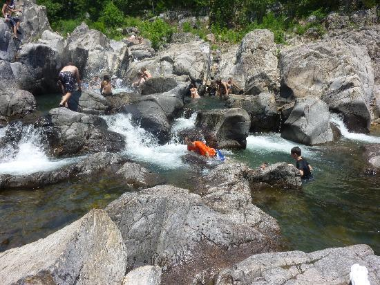 Johnson's Shut-ins State Park: Rock clearing