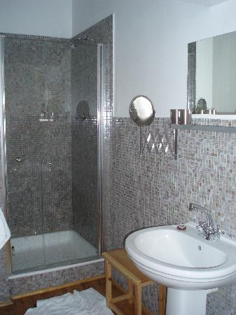 Antrim Villa: Lovely bathroom!