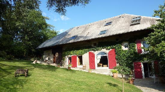 La Ferme du Petit Bonheur: A nice old cottage