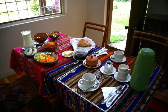La Casa Del Conde : breakfast, still not complete