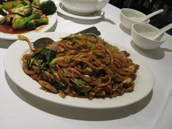 Shanghai Chinese Bistro: 上海風焼きうどん