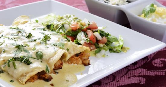 Fiesta Mexicana Restaurant : Enchiladas Vallarta