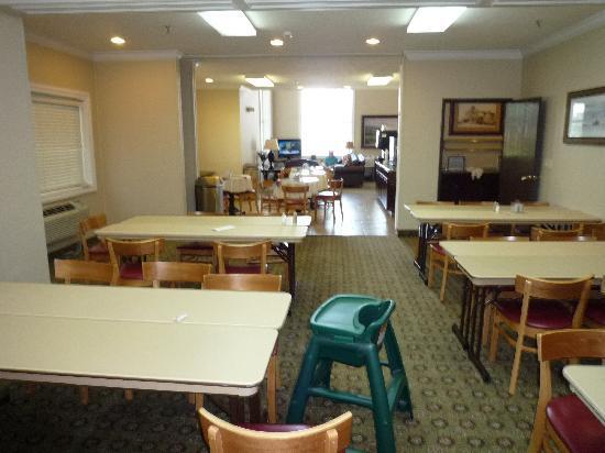 BEST WESTERN Timpanogos Inn: Breakfast room