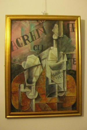 Hotel Hermitage: Picasso cubist print in room