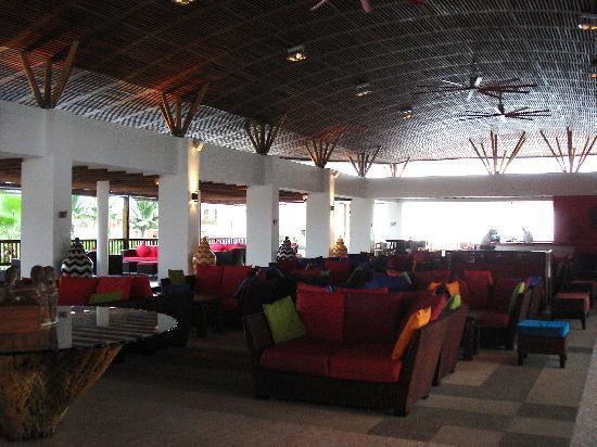 Royal Decameron Mompiche: Lobby
