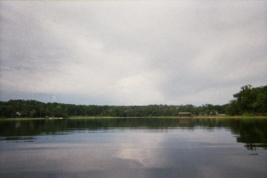 Alfred B. Maclay Gardens State Park: Picture on the lake!