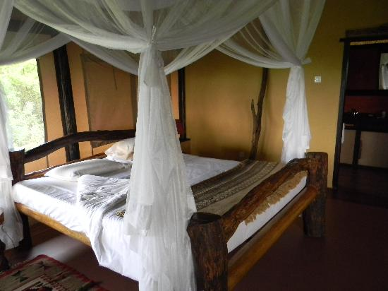 Queen Elizabeth National Park, Ουγκάντα: Our room at Kyambura Game Lodge