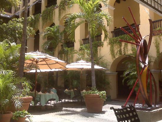 Hotel El Convento: Patio Nispero for breakfast, lunch or dinner