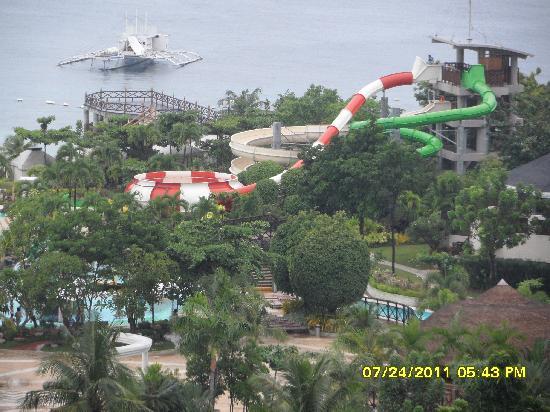 JPark Island Resort & Waterpark, Cebu: view taken from 10th floor