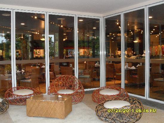JPark Island Resort & Waterpark, Cebu: breakfast area, good food