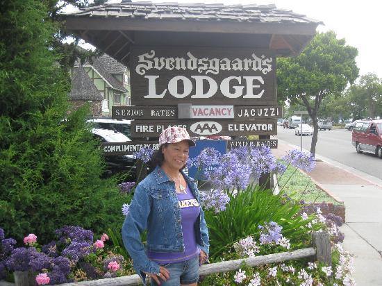 Svendsgaard's Lodge - Americas Best Value Inn: out front