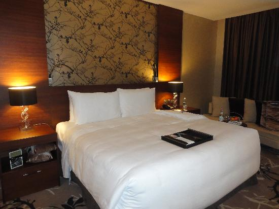 Fairmont Bab Al Bahr: Most comfy bed