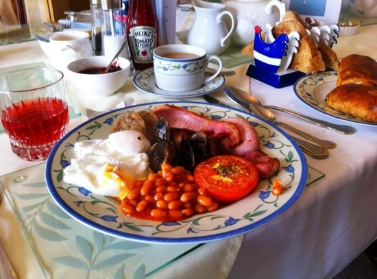 Atlantic House B&B: The breakfasts at Atlantic House are fantastic!!