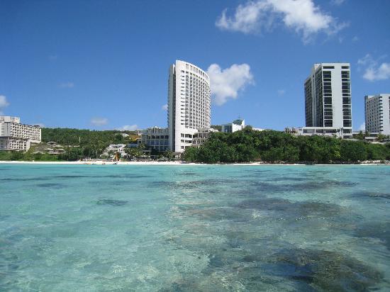 The Westin Resort Guam : 海から