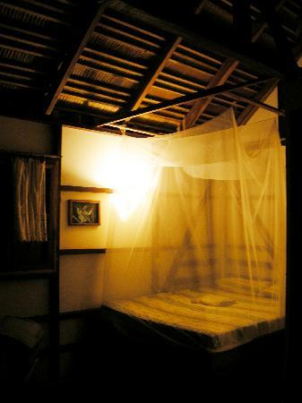 Coco Loco Lodge: dormitorio