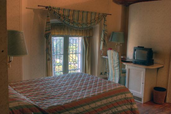 Hotel Parco Borromeo: Stanze piccole ma confortevoli