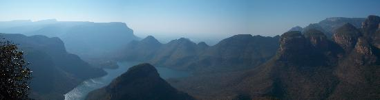 Blyde River Canyon Nature Reserve: Blyde River - Panorama Shot