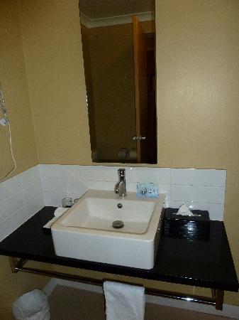 Mercure Broome : Bathroom