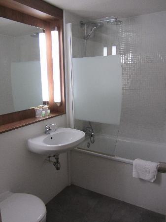Campanile Arles : bagno