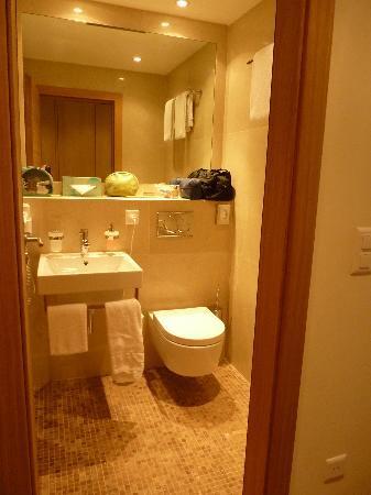 Hotel Piz St. Moritz: Bathroom 2