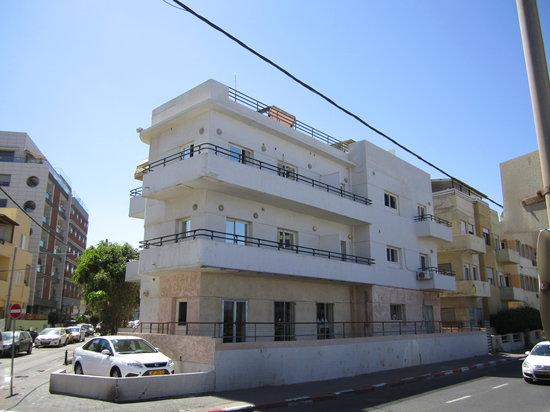 هوتل دو لا مير: Hotel von außen