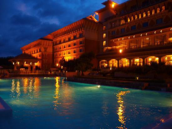 Luxury guide to kathmandu travel guide on tripadvisor for Luxury hotel guide