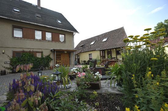 Gasthaus & Pension Zur guten Quelle