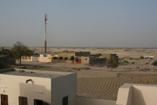 Hotel du desert: the view (photo acu)