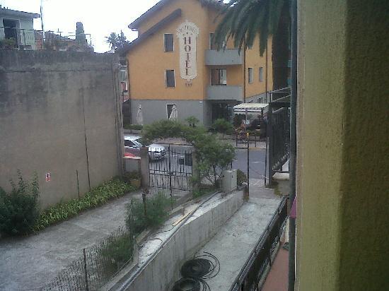 Residence Linda: Vista dal balcone 2