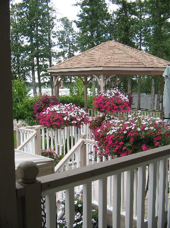 A Suffolk House Bed and Breakfast: Different shot of the gazebo