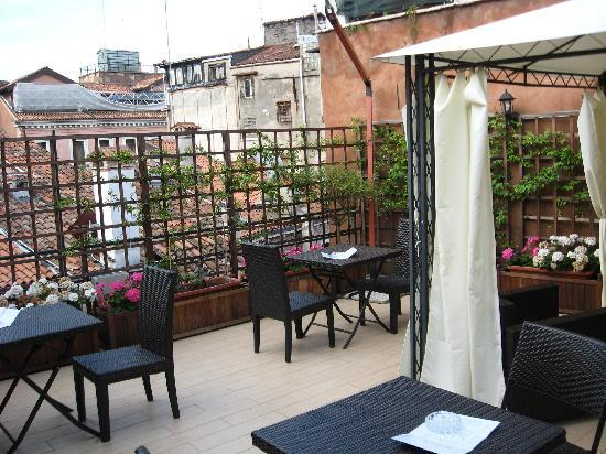 Hotel Castello: Roof terrace