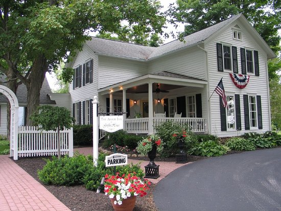 Arbor Inn at Griffin House: Arbor Inn, Clinton, NY