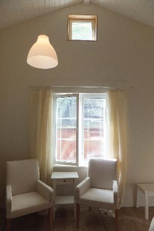 Hotel Pusa : 部屋の椅子
