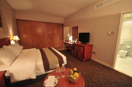 Ramada Continental Hotel: Standard King Room