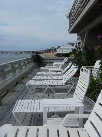Dyer's Beach House: Shared Deck