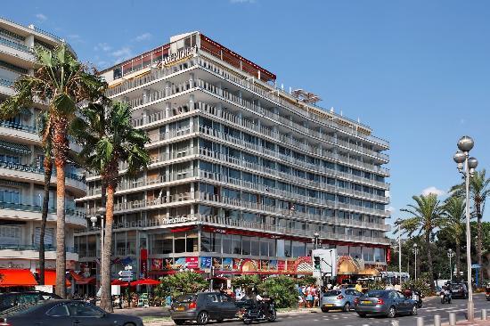 โรงแรมเลอเมอริเดียน นีซ: L'hôtel en 2007