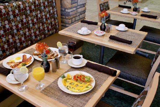 Hilton Garden Inn Denton: HGI Restaurant