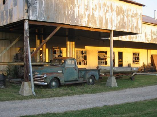Clarksdale, MS: Sunrise at the Gin Building