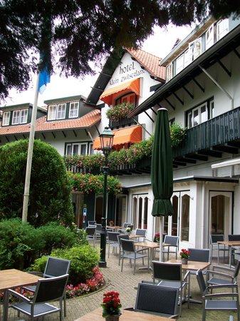 Bilderberg Hotel Klein Zwitserland: Terrace hotel