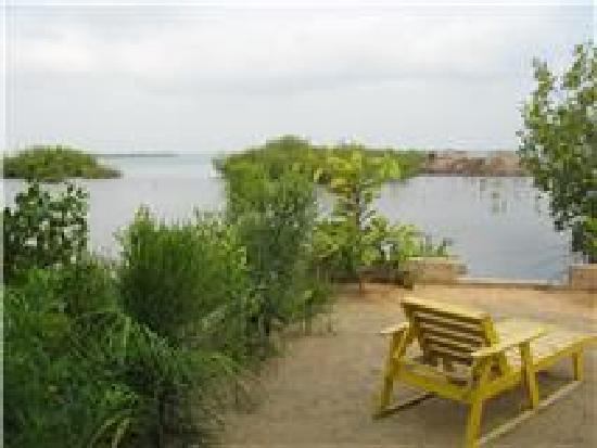 Ally's Guest House Belize: Water Front View Lagoon