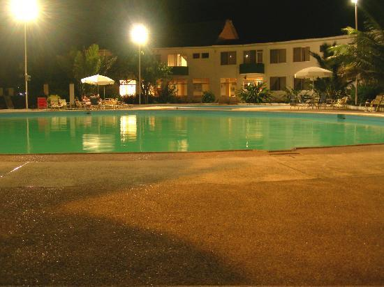 Hotel Castelnuovo De Atacames: Hotel Castelnuovo
