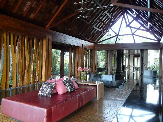 Hall entrée - Picture of Four Seasons Resort Mauritius at Anahita ...